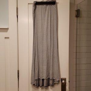 Pleione Maxi skirt black white stripe xs